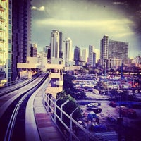 Photo taken at MDT Metromover - Brickell Station by Get S. on 5/3/2013