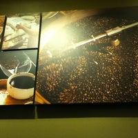 Photo taken at Starbucks by Akin O. on 11/7/2012