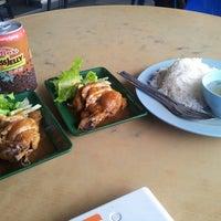 Photo taken at Restoran Talip by Mohd Fazli Azran on 10/22/2013