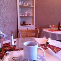 Photo taken at Alana's Cafe by Vladimir P. on 11/14/2012