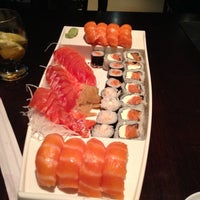 Photo taken at Kami Sushi by Mauricio Z. on 5/22/2013