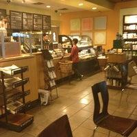 Photo taken at Starbucks by Krizia B. on 4/7/2013