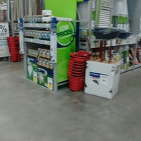 Photo taken at Lowe's Home Improvement by Lemuel S. on 8/1/2016