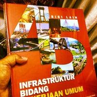 Photo taken at MM UGM Jakarta by Eshape B. on 12/14/2012