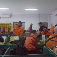 Photo taken at Kantor Pos MPC Juanda by -' rhe '- on 8/2/2014