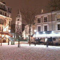 Photo taken at Place du Tertre by Maud C. on 3/12/2013