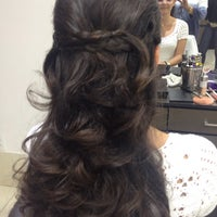 Photo taken at Zoom Hair Studio by Gina Galvao G. on 10/19/2015