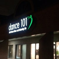 Photo taken at Dance 101 by Marina 💃🏼🎧 T. on 2/5/2015