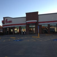 Photo taken at Chick-fil-A Rogers Avenue by Jamie E. on 11/14/2012