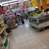 Photo taken at Giant Superstore by Nazmi N. on 3/9/2016