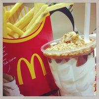 Photo taken at McDonald's by Alexsandro B. on 1/10/2013