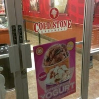 Photo taken at Cold Stone Creamery by Je Ne Sais Q. on 3/22/2013