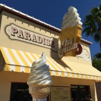 Photo taken at Paradise Pier Ice Cream Co. by Lauren :. on 9/11/2016
