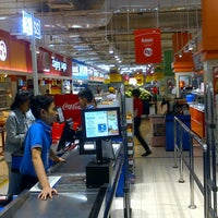 Photo taken at Carrefour by ǰoϛĥ Η. on 8/16/2014