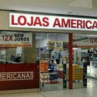 Photo taken at Lojas Americanas by Davi B. on 9/15/2016