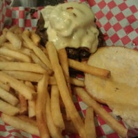Photo taken at Daily Grind Burgers by Aditya B. on 11/19/2012