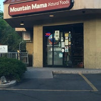 Photo taken at Mountain Mama Natural Foods by Matthew R. on 6/5/2016