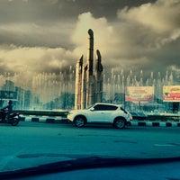 Photo taken at Tugu Digulis by Irsan D. on 1/10/2014