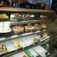 Photo taken at Sheng Kee Bakery & Cafe by Rachel H. on 5/16/2016