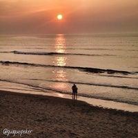 Photo taken at Playa de Salinas / San Juan de Nieva by GUAGUO I. on 7/16/2013
