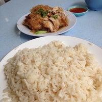 Photo taken at Restoran Victory by ihsan n. on 10/29/2015