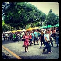 Photo taken at Feira de Artes e Artesanato de Belo Horizonte (Feira Hippie) by Guilherme M. on 12/2/2012