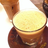 Photo taken at OldTown White Coffee by Sasi C. on 5/21/2013