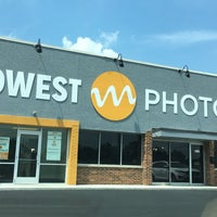Photo taken at Midwest Photo Exchange by Tami W. on 8/6/2016