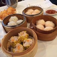 Photo taken at La Maison Kim Fung 金豐酒家 by Koko V. on 1/19/2014
