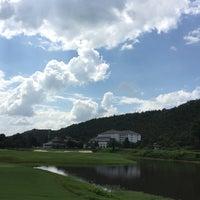 Photo taken at Alpine Golf Resort Chiang Mai by mot_lew on 10/23/2016