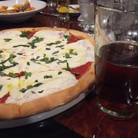 Photo taken at Artisan's Brewery and Italian Grill by Marc E. on 10/26/2014