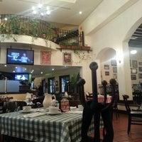 Photo taken at Italianni's Pasta, Pizza & Vino by JJ H. on 2/17/2013