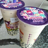 Photo taken at Chatime by eVon T. on 10/6/2015