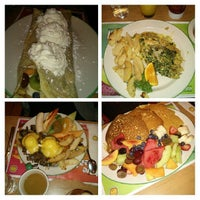 Photo taken at Cora's Breakfast by Bruno S. on 9/29/2013