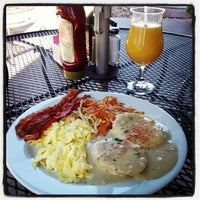 Photo taken at Silver Creek Diner by Didi D. on 8/3/2014