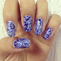 Photo taken at Luciana Manicure - Unhas Decoradas by Belle S. on 3/26/2015