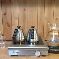 Photo taken at Stumptown Coffee Roasters by Lynda V. on 4/21/2013