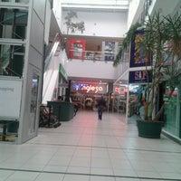 Photo taken at Tienda Inglesa by leandro G. on 11/14/2012