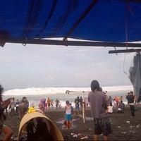 Photo taken at Pantai Ketawang by Asep G. on 7/31/2014