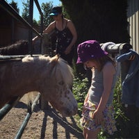 Photo taken at Southlands Riding Club by Perkola on 5/31/2015