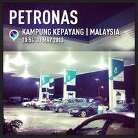 Photo taken at Petronas Jln Spg Pulai - Lojing by Z Z. on 5/31/2013