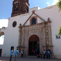 Photo taken at Iglesia del Señor De Las Maravillas by Omar G. on 7/14/2013