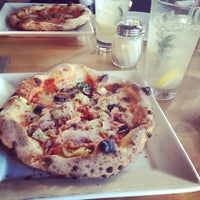 Photo taken at Tutta Bella Neapolitan Pizzeria by minniemon on 2/7/2013