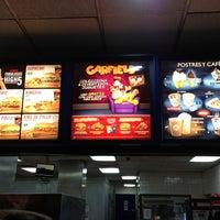 Photo taken at Burger King by Rafael M. on 2/17/2013