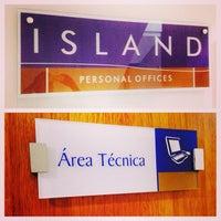 Foto tirada no(a) Island Personal Offices por Ricardo L. em 1/8/2015