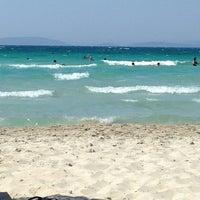 Photo taken at Ilıca Plajı by Cihan Akın G. on 7/13/2013