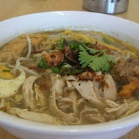 Photo taken at Soto Ayam Surabaya by Hery S. on 10/9/2012