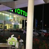 Photo taken at Tottus by Rodrigo R. on 2/25/2013