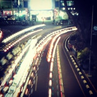 Photo taken at Alun-Alun Kota Malang by Hadi S. on 6/28/2013