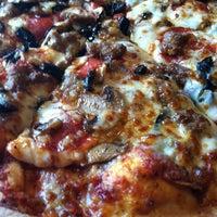 Photo taken at Pizza Hut by Melanie P. on 4/6/2013